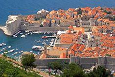 [POST] Dubrovnik, Croacia. Dónde viajar en noviembre: sitios que ver (al menos) una vez en la vida. #airhopping #interrail #avión #blog #viajes #viajar #travel #europe #puente #dubrovnik #croacia #got #juegodetronos #noche