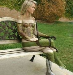 Camouflage Body Art: The City Park - This is one of best Art I've seen! Great job, Artist!