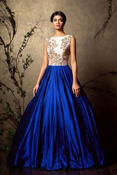 Looking for royal blue gown? Browse of latest bridal photos, lehenga & jewelry designs, decor ideas, etc. Indian Gowns, Indian Attire, Indian Ethnic Wear, Indian Outfits, Asian Fashion, Look Fashion, Collection Eid, Indowestern Gowns, Moda Vintage