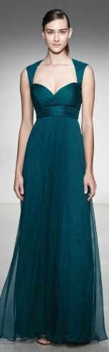 so excited to have this new Amsale bridesmaid dress.it has a keyhole back! Emerald Bridesmaid Dresses, Amsale Bridesmaid, Blue Bridesmaids, Evening Dresses, Prom Dresses, Formal Dresses, Teal Dresses, Mode Lookbook, Mode Glamour