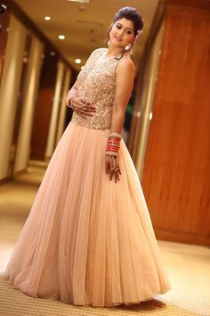 142 Best Indian Gown Images Hindu Weddings Dress India Indian Gowns