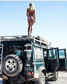 Wheres the weekend w defendergirls . beaches surf girls bikinis noroad offroad defender thesearch outdoors exploretheworld adventure travel discovery vibe lifestyle camping outside Landrover Defender, Defender 90, Land Rover Defender 110, Landrover Camper, Auto Girls, Car Girls, Jeep 4x4, Jeep Truck, Jeep Rubicon