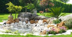 Realizzare un giardino roccioso! 20 esempi bellissimi da cui lasciarsi ispirare (VIDEO) Realizzare un giardino roccioso. Ecco per Voi oggi una bellissima selezione di 20 idee per realizzare un'aiuola rocciosa in giardino... Lasciatevi ispirare con queste...