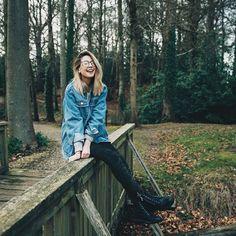 "Fc: Zoella Snug/ Boyfriend: Finlay Macmillan// ""Hi I'm Zoella. I'm 19 and a YouTuber from England. I love makeup, books, and nerd stuff. Intro?"""
