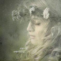 Contemplative and ethereal faerie. Art Magique, Portraits, Faeries, Daydream, Her Hair, Mists, Illustration, Fantasy Art, Fairy Tales