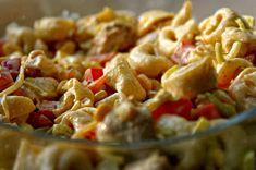 Kulinarne Inspiracje: Sałatka tortellini z kurczakiem i nutą curry Tortellini, Potato Salad, Macaroni And Cheese, Potatoes, Eat, Ethnic Recipes, Food, Mac And Cheese, Potato