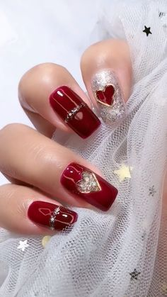 14 Sweet Valentine& Day nail designs for you 2020 14 Sweet Valentine& Day nail designs . - 14 Sweet Valentine& Day nail designs for you 2020 14 Sweet Valentine& Day nail designs - Valentine's Day Nail Designs, Nail Art Designs Videos, Nail Art Videos, Nail Polish Designs, Fancy Nails, Diy Nails, Cute Nails, Pretty Nails, Gorgeous Nails