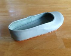 Scared Stitchless: Shoemaking: My first pair of ballet flats made with a kit