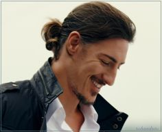"""hishandstho:  Eric Balfour - Duke Crocker - Haven 4x10 """"Trouble with the Troubles"""""""