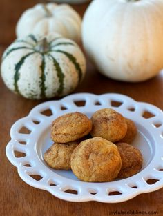 These pumpkin snickerdoodle cookies are light and moist on the inside and a little crunchy on the outside. joyfulscribblings.com