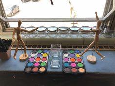 Myers' Kindergarten: Creating a Classroom Environment That Teaches Classroom Walls, Classroom Ideas, Reggio Inspired Classrooms, Nursery School, Classroom Environment, Reggio Emilia, Kindergarten, Preschool, Art Area