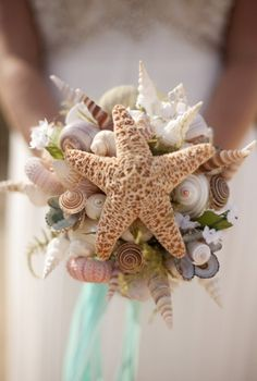 beach wedding bouquet - Bouquet conchiglie matrimonio in spiaggia