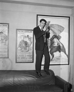 John Cassavetes 1957 Gena Rowlands, John Cassavetes, K Board, Handsome Actors, Screenwriting, Gq, Love Story, Films, Movies