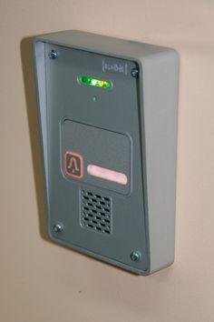 Domofon Radbit MINI, anodowane aluminium, podświetlany przycisk wywoławczy