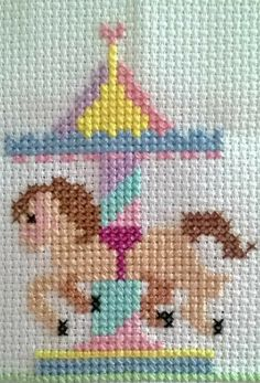 Kawaii Cross Stitch, Tiny Cross Stitch, Baby Cross Stitch Patterns, Cross Stitch Fabric, Cross Stitch Cards, Simple Cross Stitch, Cross Stitch Borders, Cross Stitch Designs, Cross Stitching