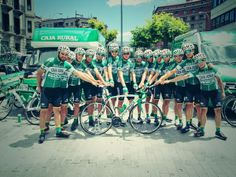 En la Pamplona-Bayona @JuanJose_Tamayo finaliza 2º y el @CajaRural_RGA gana por equipos