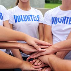 Volunteering doesn't just help others, it's also good for your heart, suggests a new study.