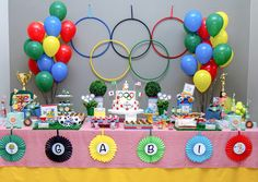 Party decoration and Sports Themed Birthday Party, Birthday Bbq, Sports Party, Beer Olympics Party, Kids Party Treats, Merry Christmas Gif, Gymnastics Party, Picnic, Gold