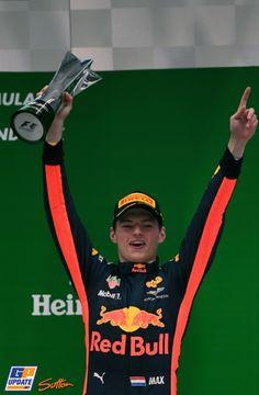 """De race van Max, van 16 naar 3: """"Had geen idee waar ik reed"""""""