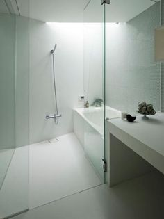 Love concept of shower/bath combo!