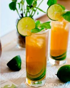 Refreshing mojito iced green tea http://www.sheknows.com/food-and-recipes/articles/992259/mojito-iced-green-tea-recipe