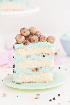Confetti Cookie Dough Cake on We Heart It Homemade Desserts, Homemade Cakes, Easy Desserts, Delicious Desserts, Dessert Recipes, Cookie Desserts, Healthy Desserts, Cookie Dough Cake, Chocolate Chip Cookie Dough