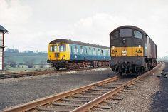 class 28 diesel locomotive - Google Search E Electric, Electric Train, Electric Locomotive, Diesel Locomotive, British Rail, Britain, The Unit, Google Search, Pictures