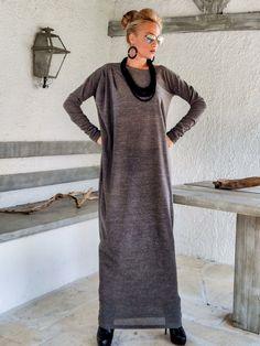 Brun dhiver en laine Maxi Robe Kaftan / hiver par SynthiaCouture