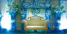 Wedding themes blue receptions for 2019 Wedding Stage Decorations, Wedding Themes, Flower Decorations, Marriage Decoration, Wedding Dresses, Wedding Set Up, Trendy Wedding, Diy Wedding, Blue Wedding