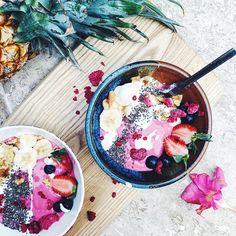 Smoothie bowl - Tasha Meys - @tastefullytash