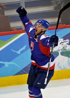 Pavol Demitra, Winter Olympic Games Winter Olympic Games, Winter Olympics, Ice Hockey, My Hero, Celebs, Country, Blue, Celebrities, Rural Area