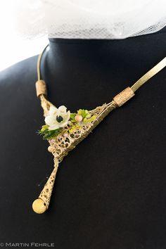 Hand Arbeit Golddraht&Flowers Olga Fischer www.olga-fischer.de