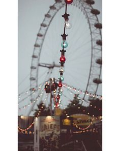 Southbank ferris wheel and lights Wow Photo, Photo Pic, Image Hd, Belle Photo, Background Images, Aesthetic Wallpapers, Iphone Wallpaper, Art Photography, Photoshop Photography