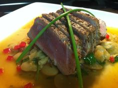 Fennel peppercorn seared tuna, butter beans, roasted tomatoes, baby spinach Christophers Kitchen, Seared Tuna, Catering Events, Butter Beans, Baby Spinach, Roasted Tomatoes, Fennel, Healthy Choices, Steak