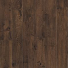 <p>Versailles Maple is a beautiful Northern maple that offers smooth graining with subtle hand worked edges and accentuation of the natural character. This majestic hardwood floor is sure to enrich any space.</p>