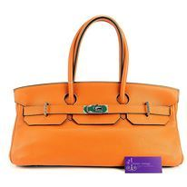 Model : Shoulder Birkin, Price : Please email us at luxuryvintagekl@gmail.com, Material : Togo Leather, Hardware : Palladium, Color : Orange, Condition : Good, Measurement : L 16.2 x H 7.7 x W 8 inches。