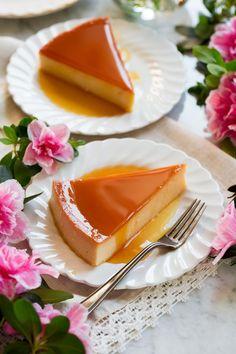 Best Flan Recipe, Cuban Flan Recipe, Spanish Flan Recipe, Eid Dessert Recipes, Mexican Food Recipes, Cake Recipes, Ethnic Recipes, Cream Cheese Flan, Baking Soda Uses