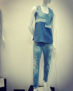 #jeans #moda #glamour #springsummercollection #newlook #newcollection #womensfashionblogger #photo #madeinitaly by rossodiserafashion