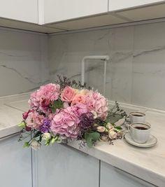 (1) Tumblr Carrara Marble, Beautiful Architecture, Floral Wreath, Wreaths, Home Decor, Floral Crown, Decoration Home, Door Wreaths, Room Decor