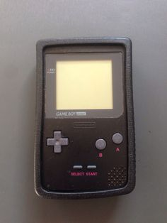 Game boy color con protector   4 €
