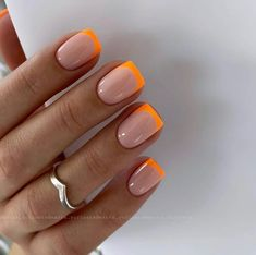 Easy to try nail trends, look here is enough - Page 35 of 140 - Inspiration Diary Summer Acrylic Nails, Best Acrylic Nails, White Summer Nails, Fire Nails, Minimalist Nails, French Tip Nails, Pink Tip Nails, Short French Nails, French Tips