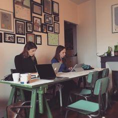 Le #coworking dans un #salon confortable ! #freelance #entrepreneur #etudiant #homeoffice #homework