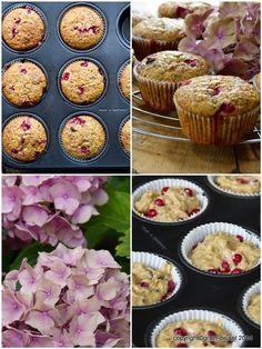 Johannisbeer-Muffins mit Quark und Vanille