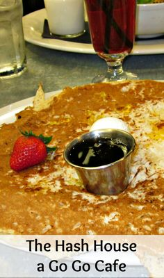 In Vegas and want to have a huge, delicious meal for not too much money? Then the Hash House A Go Go Cafe is the place to be!