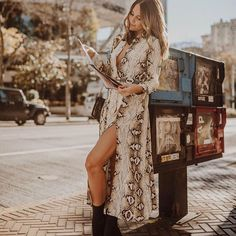 No snakes were harmed in the making of this dress. However I did get stuck trying to get it over my head Boho Fashion, Spring Fashion, Autumn Fashion, Fashion Looks, Fashion Outfits, Fashion Trends, Fashion Bloggers, Womens Fashion, Seattle Fashion