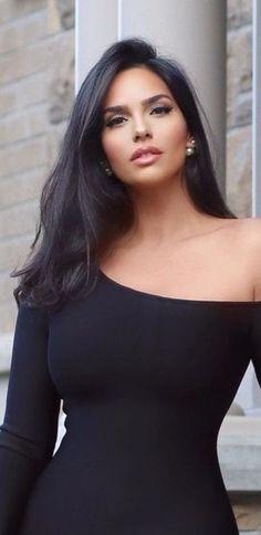 Most Beautiful Faces, Beautiful Girl Image, Beautiful Celebrities, Beautiful Actresses, Gorgeous Women, Beautiful Eyes, Beauty Women, Sexy Women, Glamour