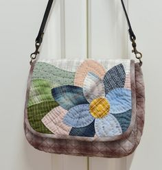 Japanese Patchwork, Japanese Bag, Patchwork Bags, Quilted Bag, Purse Patterns, Quilt Block Patterns, Denim Bag, Fabric Bags, Handmade Bags