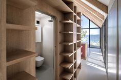 Image 15 of 31 from gallery of House / Teke Architects Office. Photograph by Altkat Architectural Photography Building Skin, Local Builders, Roof Structure, House Roof, Arch House, Surface Design, Storage Spaces, Villa, The Unit
