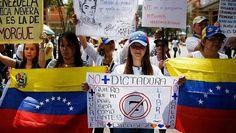 Aplazan elecciones por seis meses en Venezuela