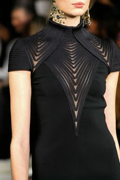 Ralph Lauren Fall 2013 Ready-to-Wear Fashion Show Details
